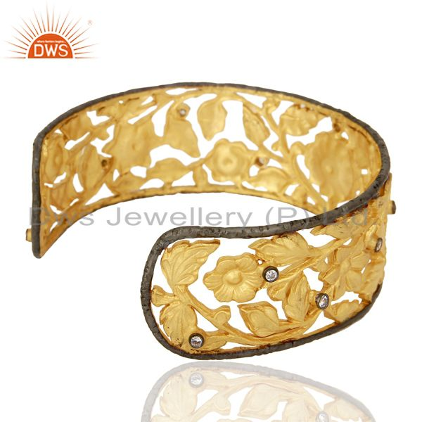 Wholesalers 22K Yellow Gold Plated Brass CZ Floral Filigree Fashion Cuff Bracelet Bangle