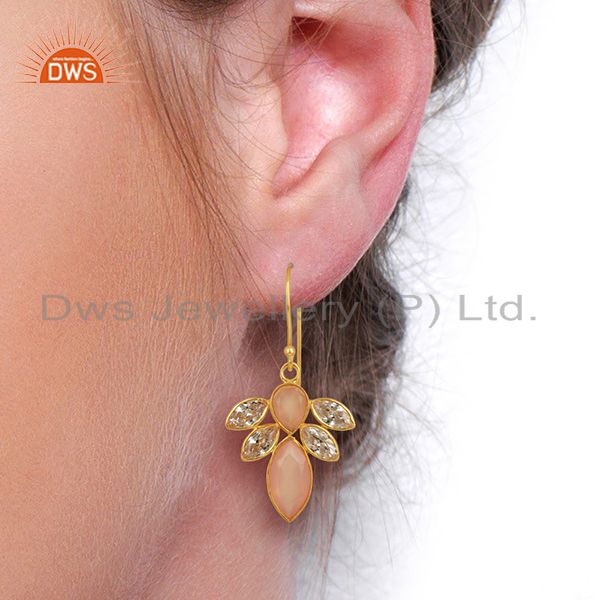 Wholesalers CZ Rose Chalcedony Gemstone Gold Plated Brass Fashion Earring Supplier