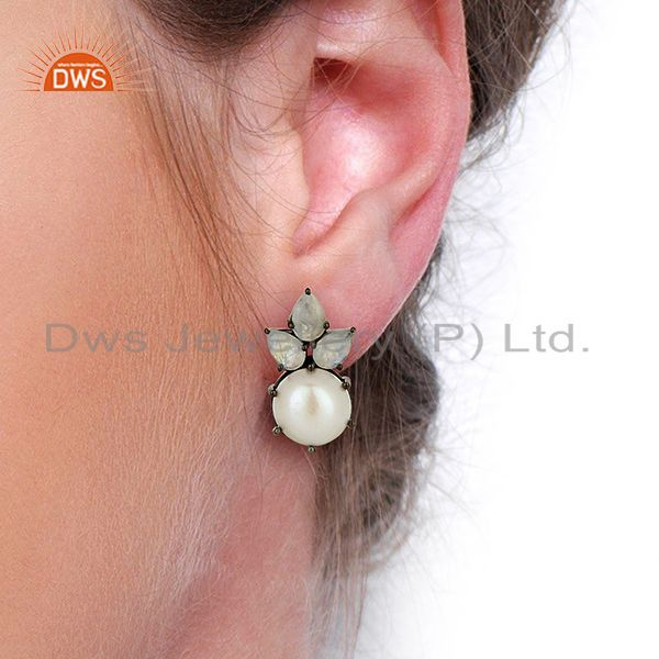 Wholesalers Flower Design Rhodium Plated 925 Silver Pearl Gemstone Stud Earrings