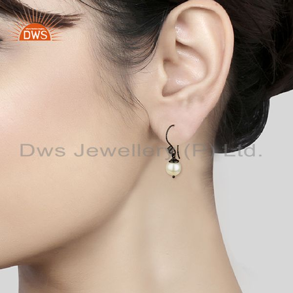 Wholesalers Round White Pearl Black 925 Sterling Silver Drop Earrings Wholesale
