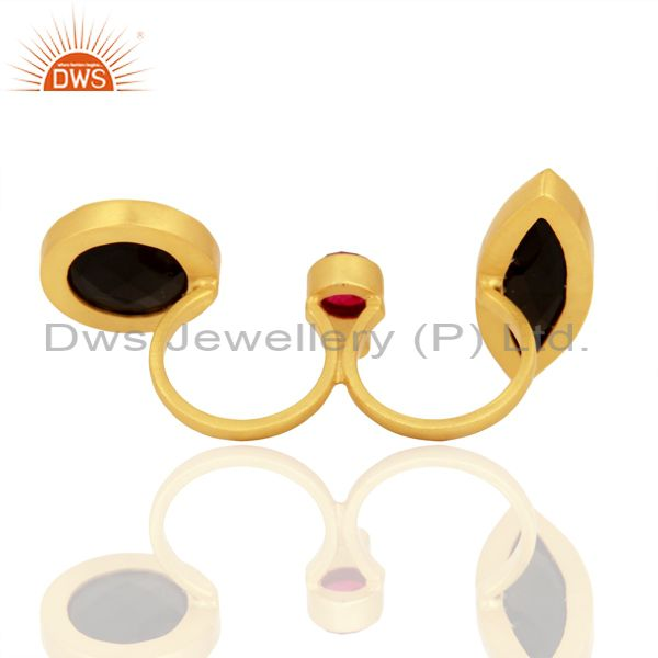 Wholesalers 24K Yellow Gold Plated Brass Red Aventurine And Black Onyx Two Finger Ring