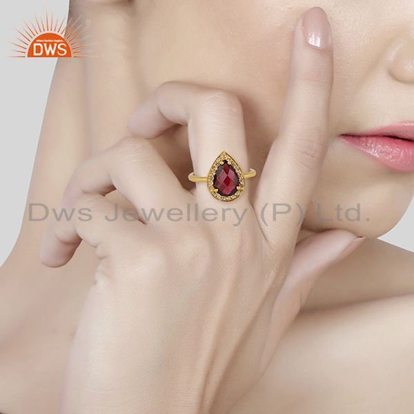Wholesalers Natural Garnet and White Topaz Gemstone Gold Plated Silver Rings