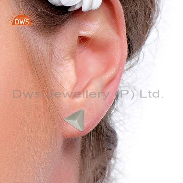Wholesalers Pyramid Design Silver Plated Brass Fashion Stud Earring manufacturer
