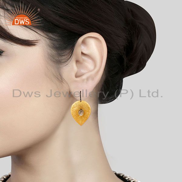 Wholesalers 14K Gold Plated Handmade Leaf Design Crystal Quartz Drops Brass Earrings