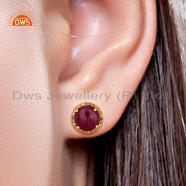Wholesalers Ruby Gemstone Diamond 18k Yellow Gold Stud Earrings Jewelry Manufacturer