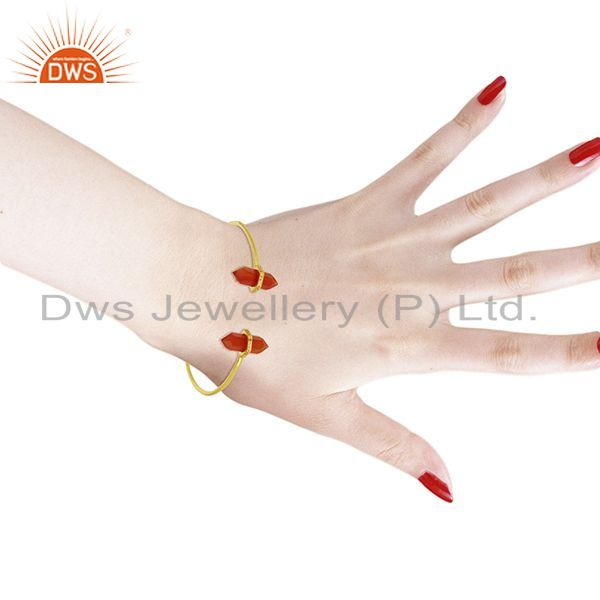 Wholesalers Red Onyx Pencil Point Healing Openable Adjustable Gold Plated Bangle