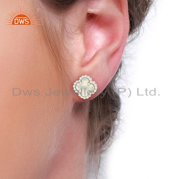 Wholesalers Mother Of Pearl Clover The Magic Mini Motif 925 Sterling Silver Studs Earrings