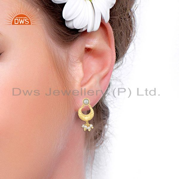 Wholesalers Handcrafted 925 Silver Gold Plated White Pearl Earrings Wholesale Jewelry Spply