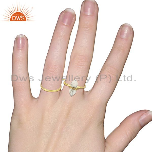 Wholesalers Howlite And White Cz Studded Two Finger Ring Gold Plated Silver Jewelry
