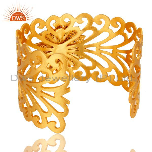 Wholesalers 14K Yellow Gold Plated Brass Filigree Design Wide Cuff Bracelet With Chalcedony